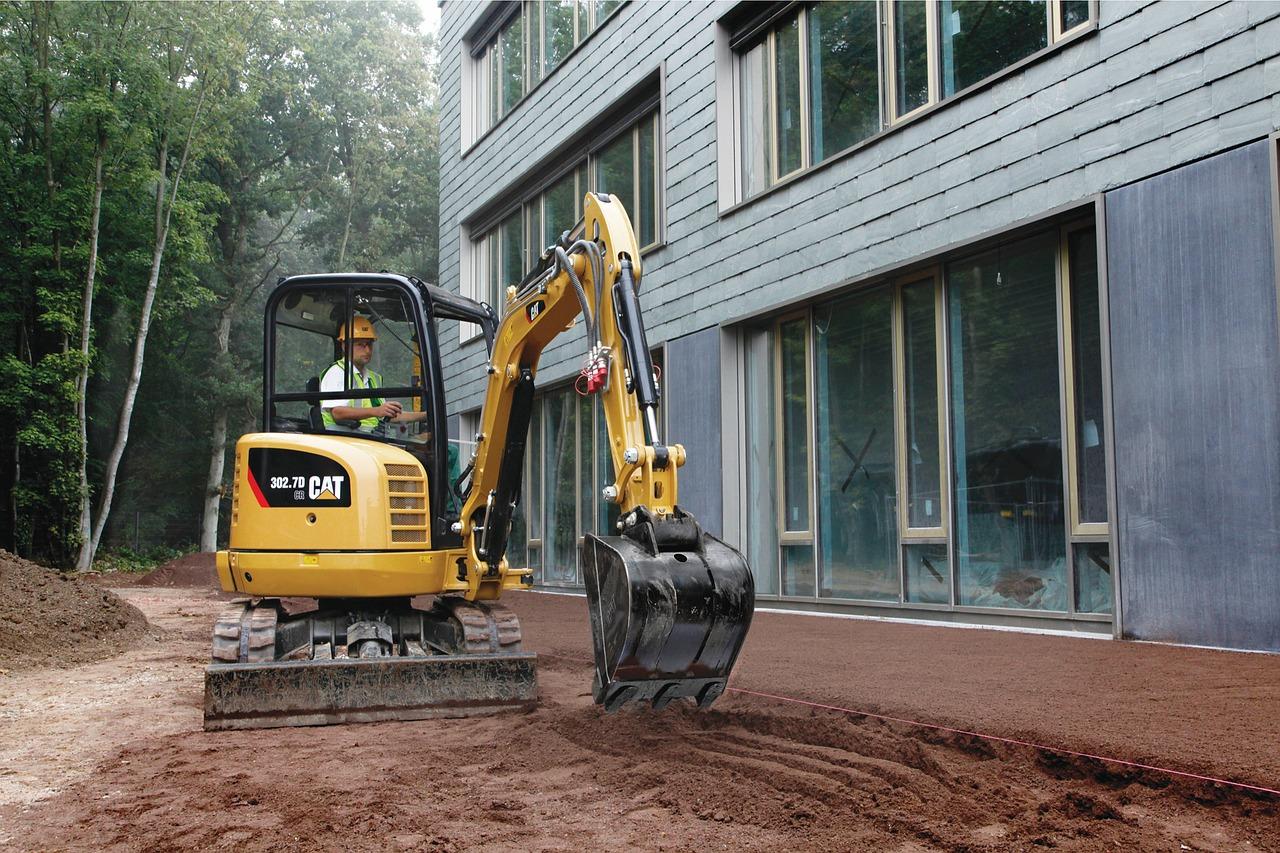 Pożyczanie sprzętu budowlanego. Wynajem sprzętu budowlanego – koparki Gliwice