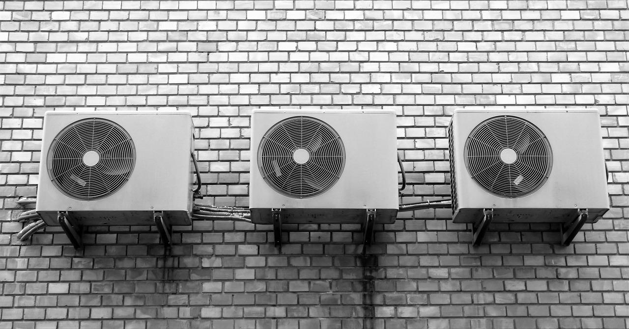 Serwis klimatyzacji – napełnianie klimatyzacji Szczecin